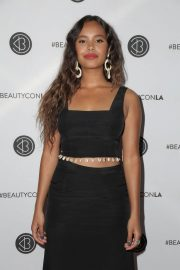 Alisha Boe at Los Angeles Beautycon Festival 2018/07/14 12