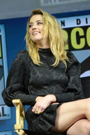 Amber Heard at Aquaman Theatrical Panel at Comic-con in San Diego 2018/07/20 4