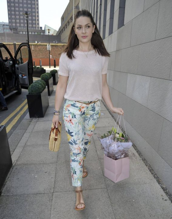 Anna Passey Arrives Jennifer Metcalfes Baby Christening in Liverpool 2018/05/20 1