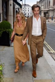 Annabelle Wallis Out in London 2018/07/04 5