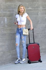 AnnaLynne McCord in Ripped Jeans at LAX Airport in Los Angeles 2018/07/03 3