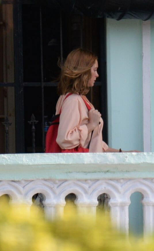Anne Hathaway on the Set of The Last Thing He Wanted in Puerto Rico 2018/07/06 1