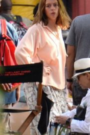 Anne Hathaway on the Set of The Last Thing He Wanted in Puerto Rico 2018/07/06 5