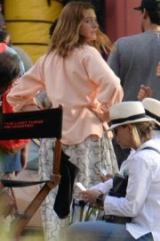 Anne Hathaway on the Set of The Last Thing He Wanted in Puerto Rico 2018/07/06 6