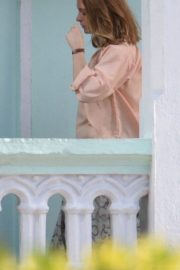 Anne Hathaway on the Set of The Last Thing He Wanted in Puerto Rico 2018/07/06 9