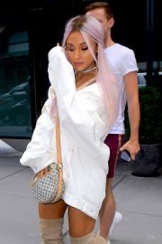 Ariana Grande Out and About in New York 2018/07/18 1
