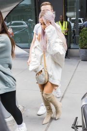 Ariana Grande Out and About in New York 2018/07/18 5