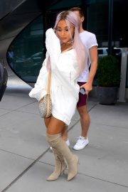 Ariana Grande Out and About in New York 2018/07/18 8