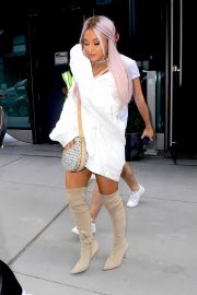 Ariana Grande Out and About in New York 2018/07/18 17