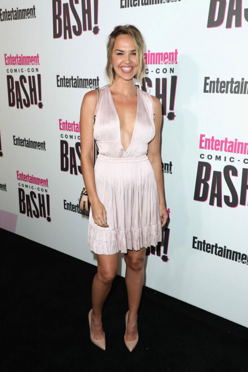 Arielle Kebbel at Entertainment Weekly Party at Comic-con in San Diego 2018/07/21 1