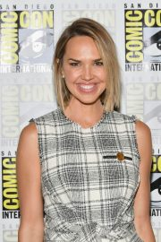 Arielle Kebbel at Midnight Texas Photocall at Comic-con 2018 in San Diego 2018/07/21 13