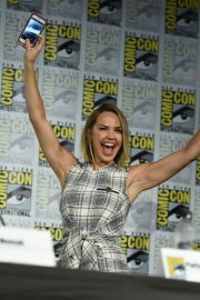 Arielle Kebbel at The Midnight Texas Panel at Comic-Con in San Diego 2018/07/21 4