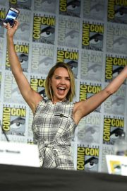 Arielle Kebbel at The Midnight Texas Panel at Comic-Con in San Diego 2018/07/21 5