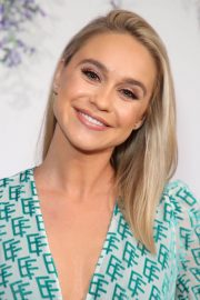 Becca Tobin at Hallmark Channel Summer TCA Party in Beverly Hills 2018/07/27 9