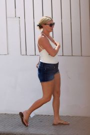 Billi Mucklow Out and About in Ibiza 2018/07/12 2