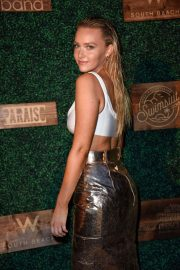 Camille Kostek at 2018 Sports Illustrated Swimsuit Show at Miami Swim Week 2018/07/15 1