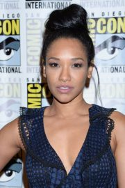 """Candice Patton at """"The Flash"""" Panel at Comic-Con in San Diego 2018/07/21 6"""