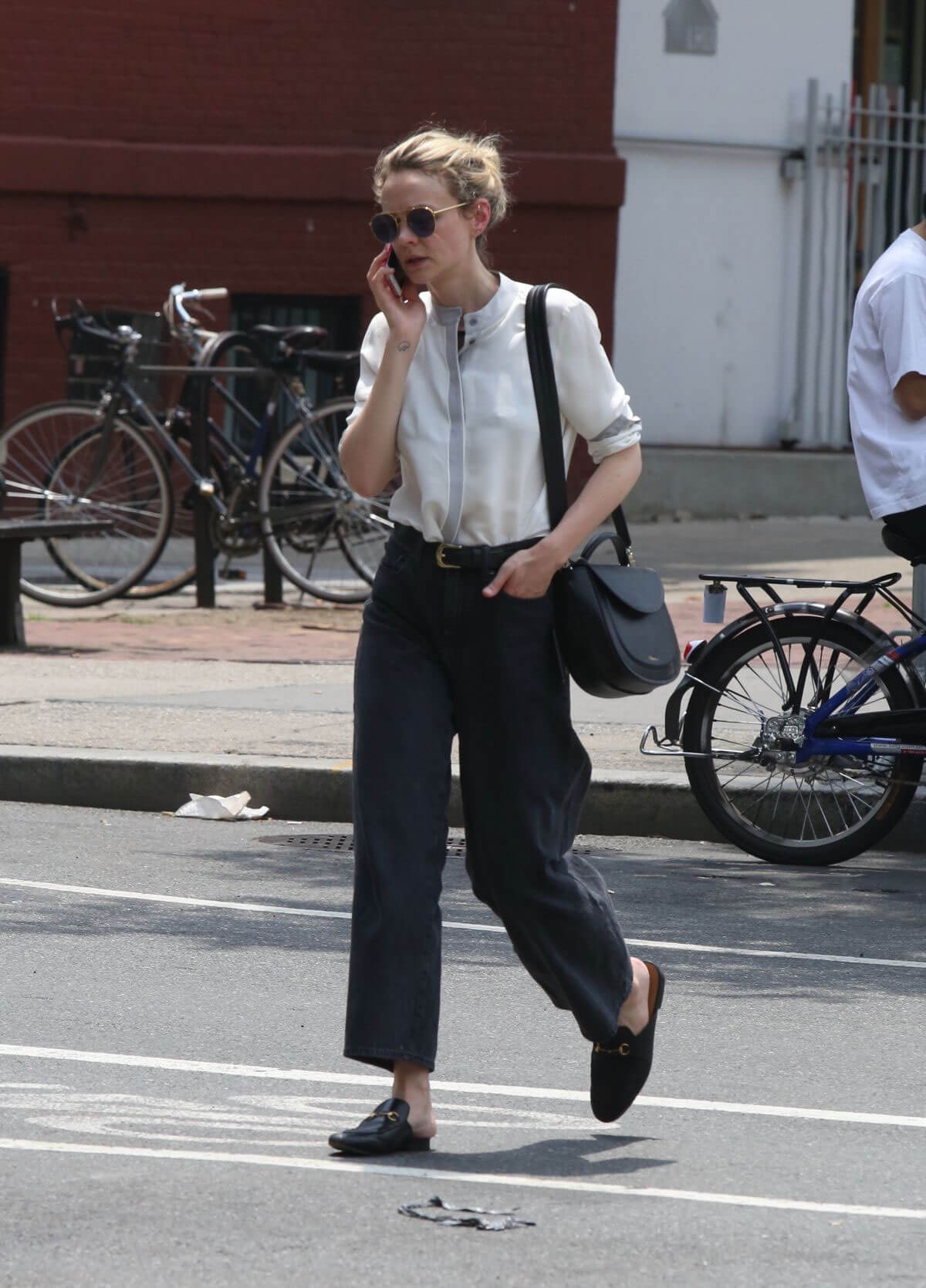 Carey Mulligan Out and About in New York 2018/07/01 1
