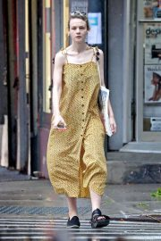 Carey Mulligan Out in New York 2018/07/17 10
