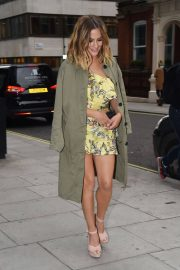 Caroline Flack Arrives at Her River Island Cocktail Party in London 2018/05/24 1