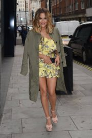 Caroline Flack Arrives at Her River Island Cocktail Party in London 2018/05/24 2