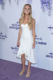 Cassidy Gifford at Hallmark Channel Summer TCA Party in Beverly Hills 2018/07/27 12