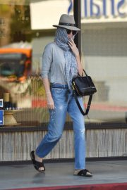 Charlize Theron Leaves a Nail Salon in Studio City 2018/07/27 3