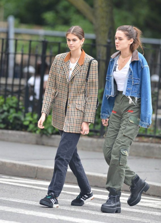 Charlotte Lawrence and Kaia Gerber  Out in New York 2018/06/13 1