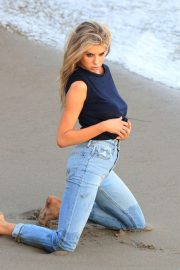 Charlotte McKinney on the Set of a Photoshoot at a Beach in Malibu 2018/07/06 18
