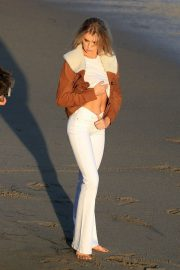 Charlotte McKinney on the Set of a Photoshoot at a Beach in Malibu 2018/07/06 24