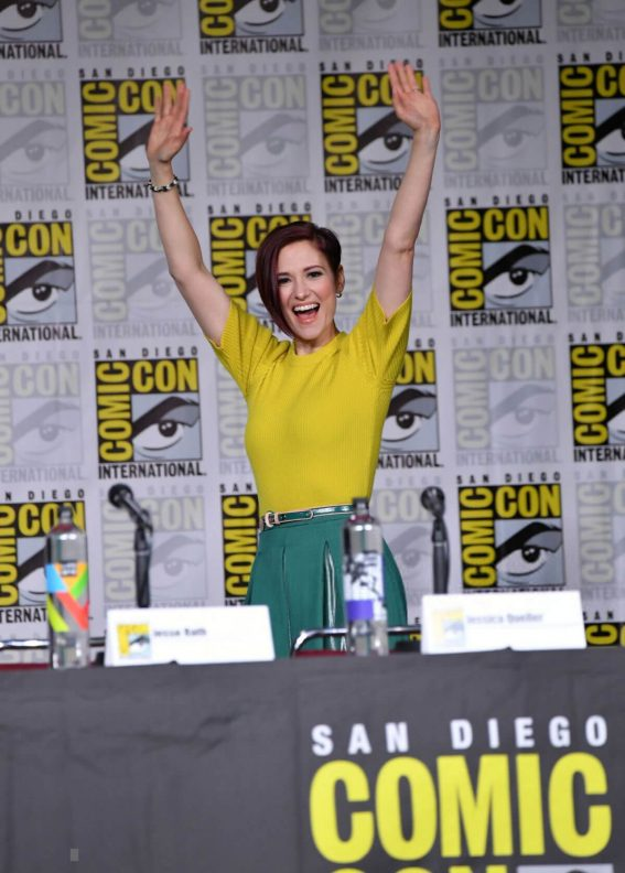 Chyler Leigh at Supergirl Panel Comic-con in San Diego 2018/07/21 1