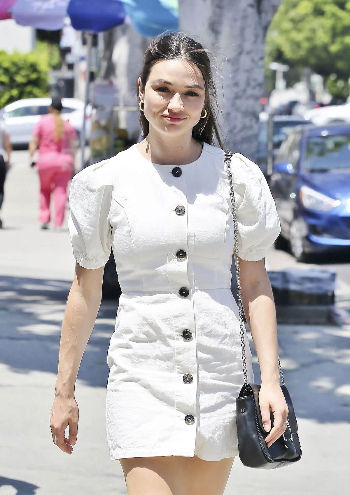 Crystal Reed Out Shopping in Los Angeles 2018/07/26 1
