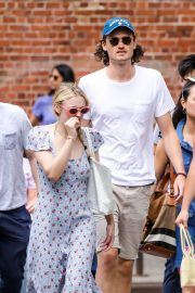 Dakota Fanning and Henry Frye Out for Lunch in New York 2018/07/21 11