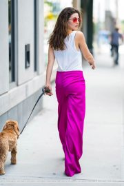 Danielle Campbell Out with her Dog in New York 2018/06/19 5