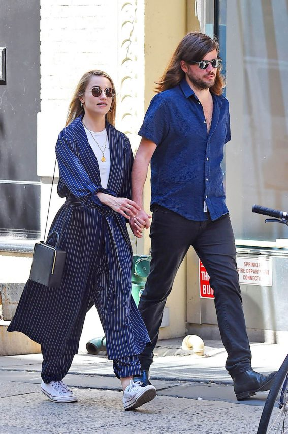 Dianna Agron and Winston Marshall Out in New York 2018/05/23 1