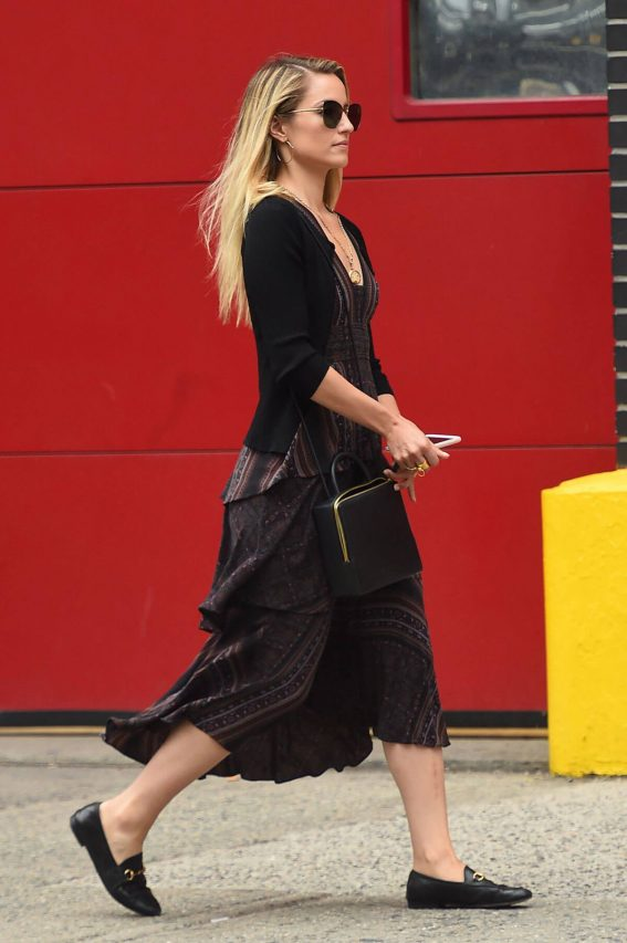 Dianna Agron Out and About in New York 2018/06/28 1