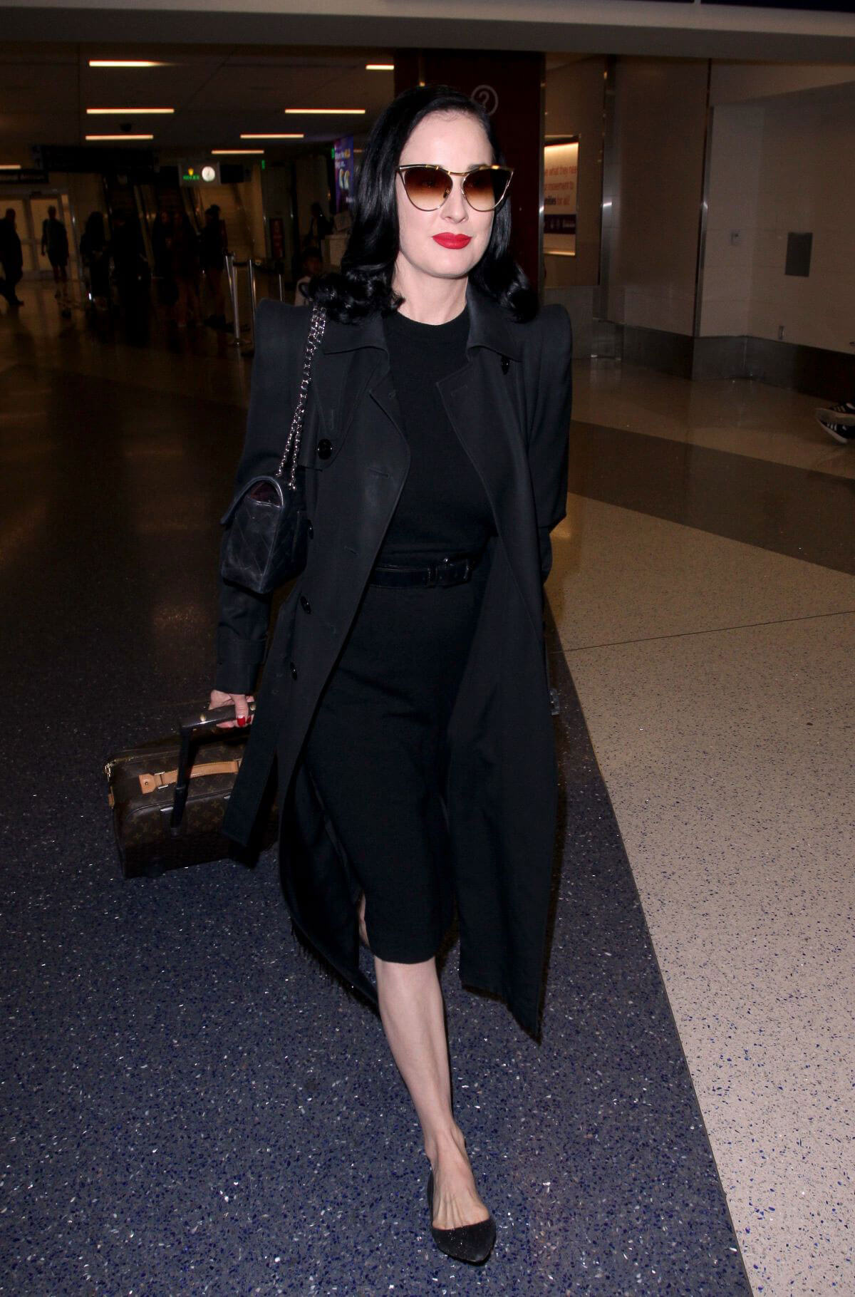 Dita Von Teese at Los Angeles International Airport 2018/05/20 1