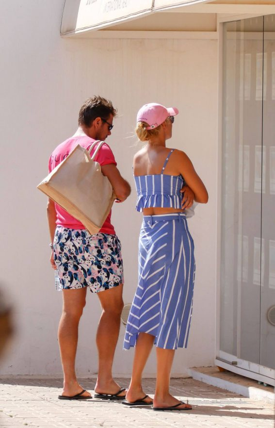 Donna Vekic Out for a Boat Trip in Ibiza 2018/07/14 1