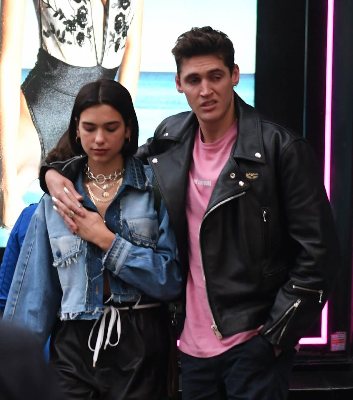 Dua Lipa and Isaac Carew Out in London 2018/05/30 1