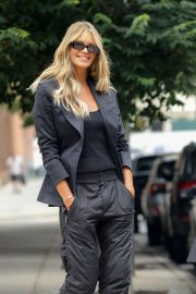 Elle Macpherson Out and About in New York 2018/07/27 1