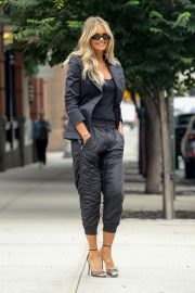 Elle Macpherson Out and About in New York 2018/07/27 4