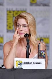 Emily Bett Rickards at Arrow Panel at Comic-con in San Diego 2018/07/21 2
