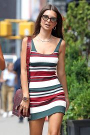 Emily Ratajkowski Out and About in New York 2018/07/16 4