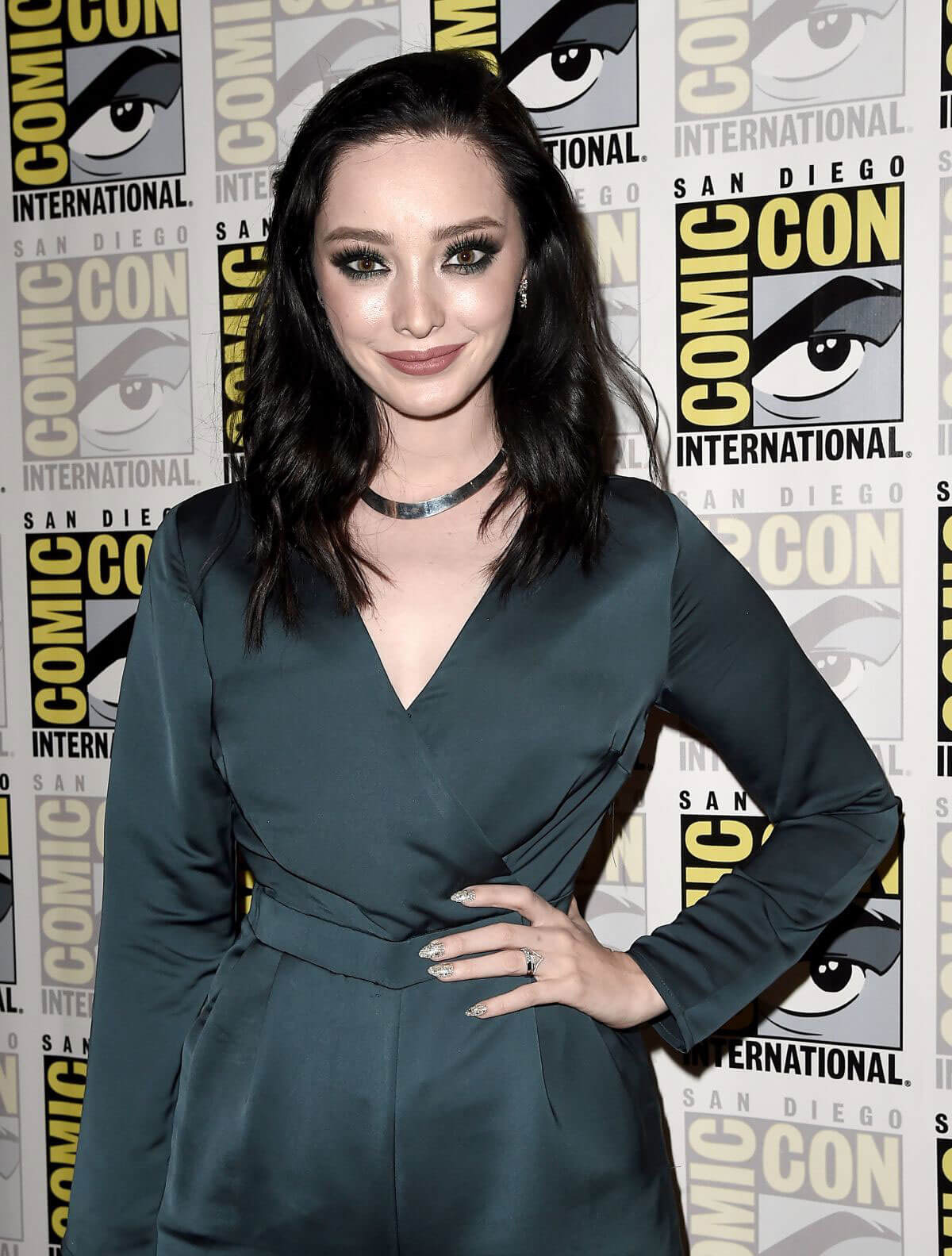 Emma Dumont at The Gifted Photocall at Comic-con in San Diego 2018/07/21 1