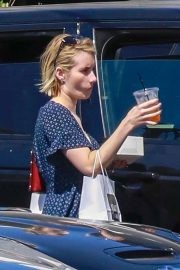 Emma Roberts Out for Lunch at Joan's on Third in Los Angeles 2018/07/14 4