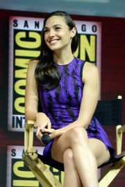 Gal Gadot Warner Bros Panel at Comic-Con 2018 in San Diego 2018/07/21 2