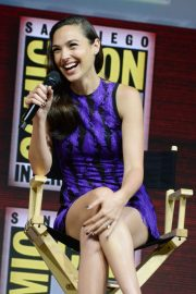 Gal Gadot Warner Bros Panel at Comic-Con 2018 in San Diego 2018/07/21 7