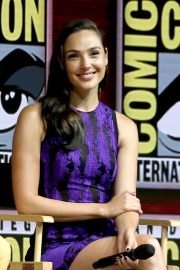 Gal Gadot Warner Bros Panel at Comic-Con 2018 in San Diego 2018/07/21 13