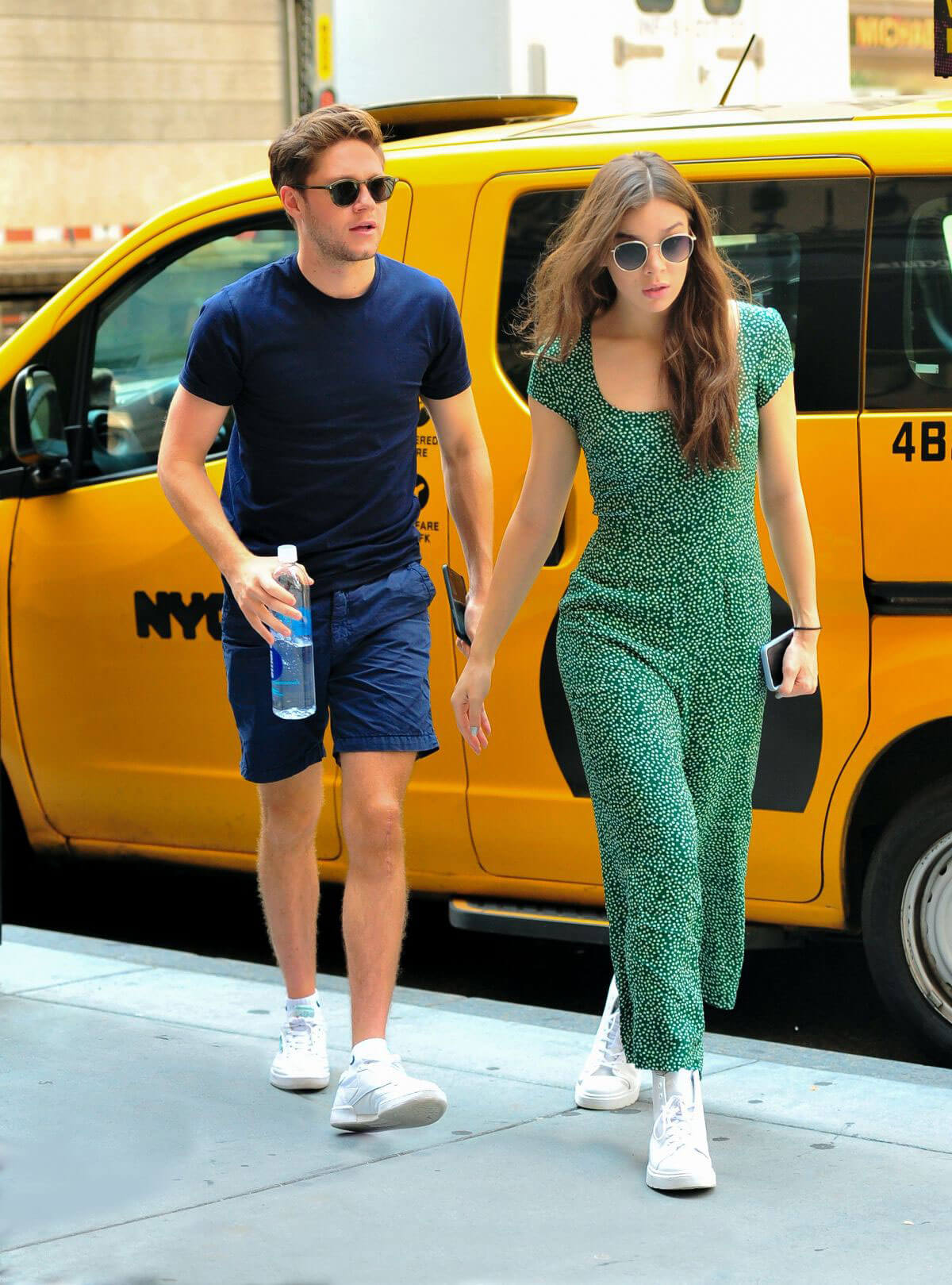 Hailee Steinfeld and Niall Horan Shopping at Saks Fifth Avenue in New York 2018/07/16 1