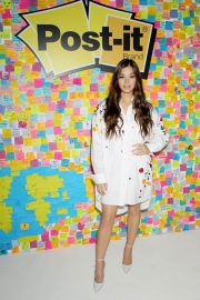 Hailee Steinfeld at Post-it's Inspire Students to Make Dreams Stick in New York 2018/07/23 3